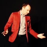 Magician: Caspar Thomas: Magic & Mentalism