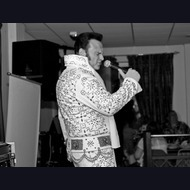 Elvis Impersonator: Darren Rivers